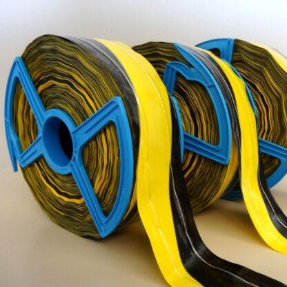 Absperrband gelb-schwarz mit Fadenverstärkung